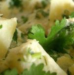 Insalata di patate con asparagi, cioccolato e peperoncino