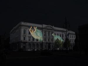 Risveglio. Allegoria di figure e musica in occasione dell'inaugurazione delle Gallerie d'Italia  Piazza Scala, Milano