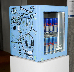 Red Bull Curates Canvas Cooler, L'arte va al fresco