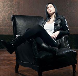Duramadre, il primo disco solista di Eva, la voce dei Prozac è in uscita il 24 aprile