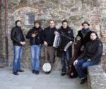 La casa del Vento canta il lavoro alla festa al Parco Nord di Bologna
