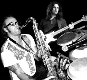 Castrovillari, ultima serata del Pjf in luglio. Di scena i Blues Factory e il duo Alexkubotha e Kris Argentino