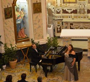 Concerto di Canti Mariani. L'associazione Vento Di Terra Pro Casa Famiglia Regina Apostolorum