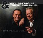 Dodi Battaglia e Tommy Emmanuel alla Mondadori Multicenter di Milano per presentare il disco e incontrare i fan