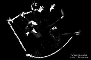 Donne e Mafia, lo spettacolo scritto e diretto da Simonetta De Nichilo in scena al Teatro Due di Roma