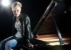 Giulia Mazzoni  in concerto a Cremona per la rassegna Un pizzico di corda