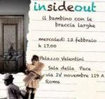 Insideout, il bambino con le braccia lunghe a Palazzo Valentini di Roma