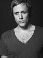 Jan Blomqvist racconta il suo nuovo singolo Time Again
