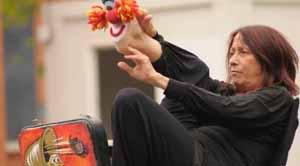 Famiglie a teatro: Va dove ti porta il piede. Il primo appuntamento della XIV Edizione della stagione dedicata ai bambini e alle famiglie del Teatro Bertolt Brecht