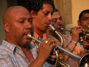 Tra Occidente e Oriente, The Original Kocani Orkestar al via il secondo appuntamento con il festival di musiche e culture del mondo