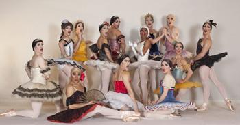 Les Ballets Trockadero De Monte Carlo, la compagnia di soli danzatori uomini in scena al Ravello Festival