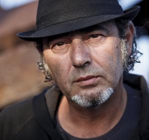 Luca Carboni in concerto al Teatro degli Arcimboldi di Milano con il Senza Titolo Tour