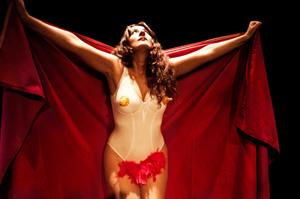 Mobbing Dick, lo spettacolo di e con Caroline Pagani al Teatro Due di Roma