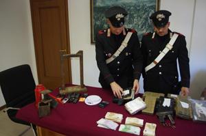 Operazione antidroga dei carabinieri, 2 arresti, 13 kg di cocaina e una pistola sequestrati