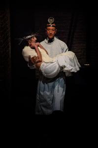 Tempo di fuga, lo spettacolo di Mario Prosperi in scena al Teatro Sala Uno di Roma
