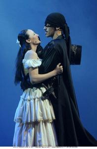 W Zorro, lo spettacolo al Teatro della Luna di Milano