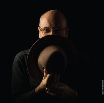 Traditori, il nuovo album di Ettore Fioravanti approda nei negozi di dischi e nei digital store