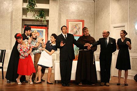 Morto per miracolo, la commedia firmata ed interpretata da Pietro Romano in scena al Teatro Tirso De Molina di Roma