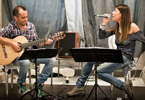 Chiara Jerì e Andrea Barsali in concerto al Caffè Letterario Mameli Ventisette di Roma