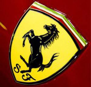 Esci da casa c'è la Ferrari