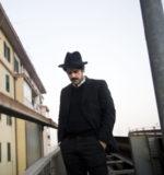Alessandro Mandarino sul palco del concertone del primo maggio a Roma