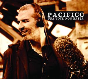 Pacifico, presenta il nuovo album Una voce non basta alla Feltrinelli di Milano