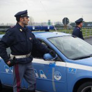 Controlli della polizia stradale in Abruzzo sui trasporti degli animali verso i macelli