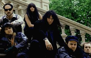 The Fuzztones, la storica garage rock band sul palco del BOtanique di Bologna