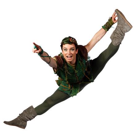 Peter Pan, il musical che vi porta su L'Isola che non c'è