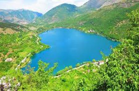 Il lago di Scanno si è abbassato di 3 metri