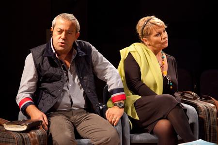 Terapia Terapia con Gianni Ferreri, Daniela Morozzi e Giancarlo Ratti in scena al Teatro Golden