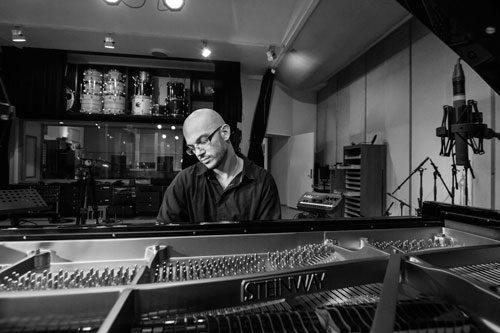 Fabio Giachino in concerto a New York con il suo album italo-danese North Clouds