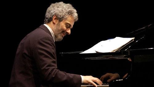 La musica è pericolosa, lo spettacolo di Nicola Piovani al Teatro Argentina di Roma