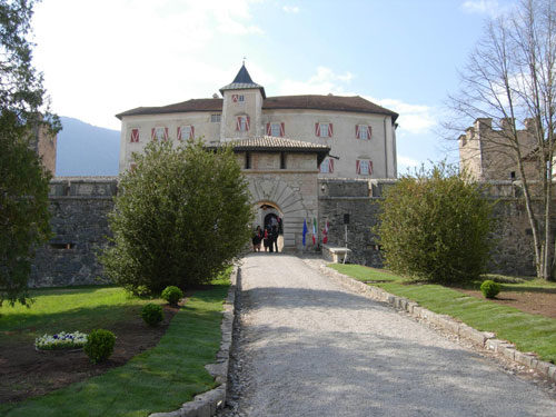 Due giornate a Castel Thun fra nobili, soldati e cavalli