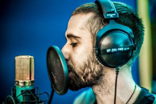 Il rapper Peligro è in finale al Premio Lunezia e si esibirà sul palco di P.zza Menconi a Marina di Carrara