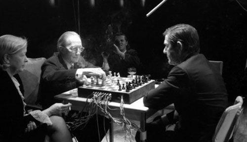 Suonare gli scacchi di Duchamp. A Forte Marghera inizia electro camp, tra musica e performance