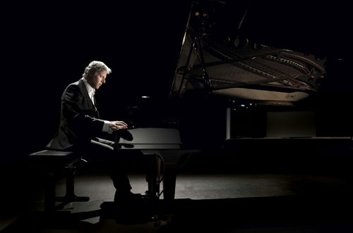 Claudio Carboni in concerto a Lampedusa