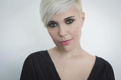 Giulia Mazzoni in concerto in Cina e Taiwan per presentare i brani del disco Room 2401