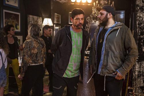 """Il cantautore Wrongonyou firma la colonna sonora del nuovo film di Alessandro Gassmann """"Il Premio"""" con il singolo inedito """"Shoulders"""""""