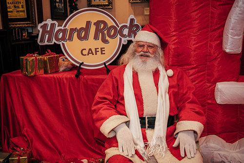 Hard Rock Cafe – Breakfast With Santa