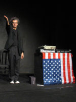 Primi passi sulla luna di Andrea Cosentino per il Teatro Pubblico Exlavanderia di Roma