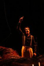 L'amore per le cose assenti, lo spettacolo al Teatro Sannazaro