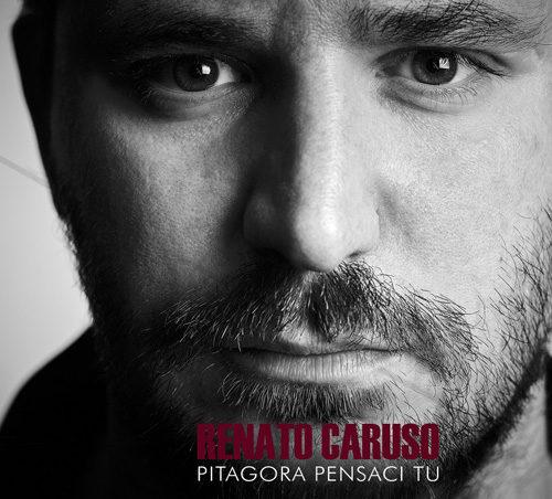 Renato Caruso alla Feltrinelli Red di Milano per presentare il suo nuovo album di inediti Pitagora pensaci tu