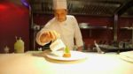 Lo Chef Niko Sinisgalli si rinnova e crea nuovi piatti estivi per il Ristorante Tazio nello splendido Palazzo Naiadi