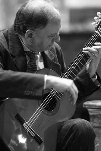 RaFestival 2018, Piero Bonaguri alla chitarra per i Vespri a San Vitale