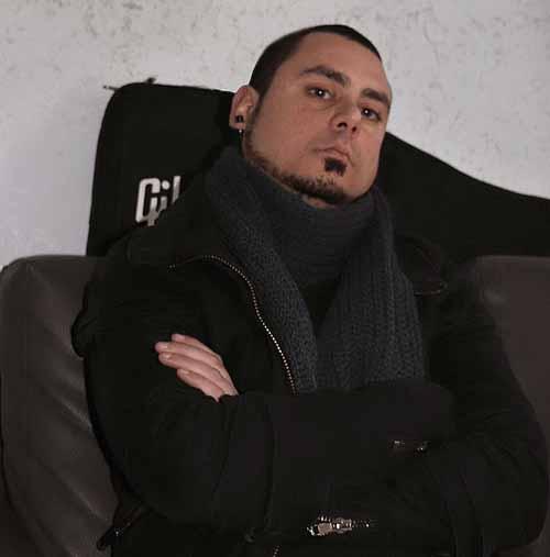 Carmelo Caltagirone, tre nuovi brani disponibili in versione digitale