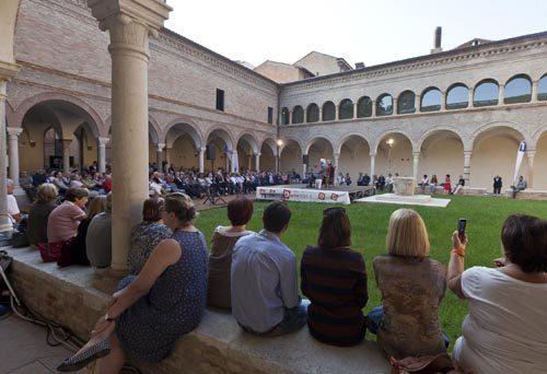 Dante parla alla «futura gente». A Ravenna l'ottava edizione del festival DANTE2021