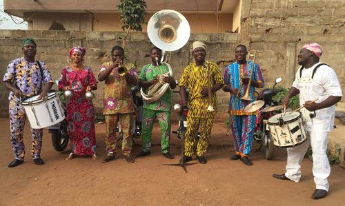 Eyo'nlé Brass Band live al BOtanique di Bologna