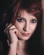 La violinista e songwriter Mariafausta pubblica Baby Shine