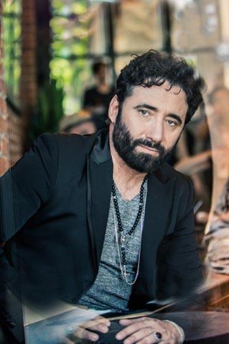 """Tiromancino, è in uscita """"Fino a qui"""", il nuovo album con 4 inediti e 12 brani reinterpretati con grandi artisti della musica italiana"""